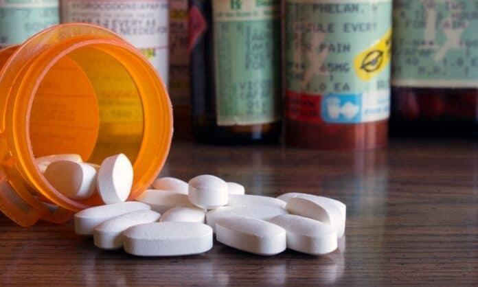 Ways To Prevent Accidental Overdose on Prescription Drugs